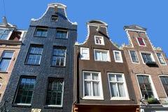 Χαρακτηριστικά σπίτια καναλιών Στοκ φωτογραφία με δικαίωμα ελεύθερης χρήσης