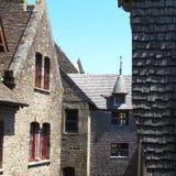 Χαρακτηριστική αρχιτεκτονική από Mont Saint-Michel στοκ εικόνες