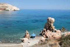 Χαρακτηριστική ημέρα στην κυπριακή παραλία Στοκ Φωτογραφίες