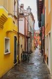 Χαρακτηριστική ιταλική οδός σε Caorle Στοκ Εικόνα
