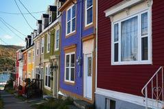 Χαρακτηριστική οδός και σπίτια του ST John στο κέντρο της πόλης Στοκ Εικόνες