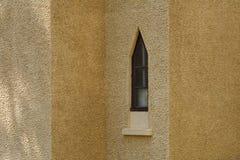 Χαρακτηριστική ogive αψίδα σε έναν καθεδρικό ναό στοκ εικόνες με δικαίωμα ελεύθερης χρήσης