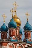 Χαρακτηριστικοί θόλοι της ρωσικής εκκλησίας στοκ εικόνες με δικαίωμα ελεύθερης χρήσης