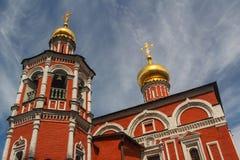 Χαρακτηριστικοί θόλοι της ρωσικής εκκλησίας στοκ φωτογραφίες