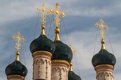 Χαρακτηριστικοί θόλοι της ρωσικής εκκλησίας στοκ φωτογραφία με δικαίωμα ελεύθερης χρήσης