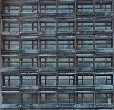 Χαρακτηριστικό μονότονο κιβώτιο κατοικίας στοκ εικόνα με δικαίωμα ελεύθερης χρήσης