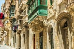 Χαρακτηριστικό μπαλκόνι στη Μάλτα Στοκ Φωτογραφίες