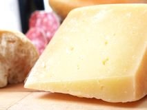 Χαρακτηριστικό περιφερειακό ιταλικό τυρί Στοκ φωτογραφία με δικαίωμα ελεύθερης χρήσης