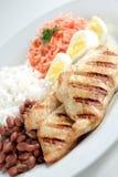 Χαρακτηριστικό πιάτο της Βραζιλίας, του ρυζιού και των φασολιών Στοκ Φωτογραφία