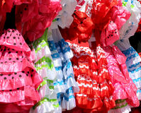 Χαρακτηριστικό χρωματισμένο ισπανικό flamenco φόρεμα Στοκ εικόνα με δικαίωμα ελεύθερης χρήσης