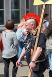 Χαρακτηριστικό hairstyle ενός πανκ στο Κάμντεν, Λονδίνο Στοκ φωτογραφία με δικαίωμα ελεύθερης χρήσης
