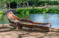 Χαρασμένος ξύλινος πάγκος Στοκ εικόνα με δικαίωμα ελεύθερης χρήσης