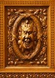 χαρασμένος χιουμοριστικός ξύλινος προσώπου στοκ φωτογραφίες με δικαίωμα ελεύθερης χρήσης