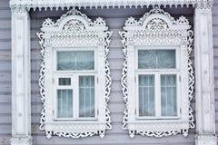 Χαρασμένο ξύλινο διακοσμητικό παράθυρο Στοκ Εικόνα