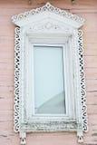 Χαρασμένο ξύλινο διακοσμητικό παράθυρο Στοκ Φωτογραφία