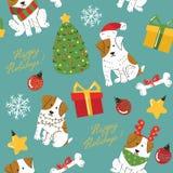 Χαριτωμένα άσπρα σκυλιά Χριστουγέννων με το άνευ ραφής σχέδιο καφετιών σημείων Στοκ Φωτογραφία