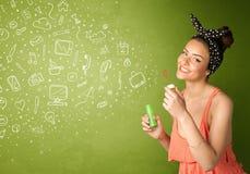 Χαριτωμένα εικονίδια και σύμβολα μέσων κοριτσιών φυσώντας συρμένα χέρι Στοκ φωτογραφία με δικαίωμα ελεύθερης χρήσης