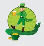 Χαριτωμένα κινούμενα σχέδια leprechaun με την μπύρα Στοκ φωτογραφία με δικαίωμα ελεύθερης χρήσης