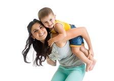 Χαριτωμένα μητέρα και μωρό που έχουν τη διασκέδαση Στοκ εικόνα με δικαίωμα ελεύθερης χρήσης