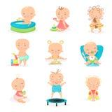 Χαριτωμένα μικρά μωρά και το καθημερινό στερεότυπο σύνολό τους Ευτυχείς χαμογελώντας διανυσματικές απεικονίσεις μικρών παιδιών κα Στοκ φωτογραφίες με δικαίωμα ελεύθερης χρήσης