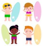 Χαριτωμένα παιδιά λίγου καλοκαιριού με το σύνολο κυματωγών Στοκ φωτογραφίες με δικαίωμα ελεύθερης χρήσης
