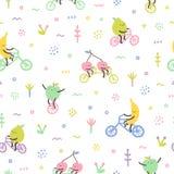 Χαριτωμένα φρούτα κινούμενων σχεδίων στα ποδήλατα Στοκ Εικόνες