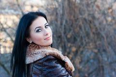 χαριτωμένες νεολαίες πορτρέτου κοριτσιών Στοκ φωτογραφία με δικαίωμα ελεύθερης χρήσης