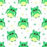 Χαριτωμένες λυπημένες πράσινες χρωματισμένες κουκουβάγιες Στοκ Εικόνα