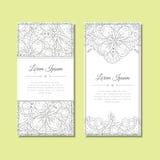 Χαριτωμένη ευχετήρια κάρτα με τη floral διακόσμηση zentangle Στοκ Φωτογραφία
