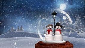 Χαριτωμένη ζωτικότητα Χριστουγέννων του ζεύγους χιονανθρώπων στο μαγικό δάσος ελεύθερη απεικόνιση δικαιώματος