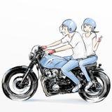 Χαριτωμένη οδηγώντας μοτοσικλέτα ζευγών ελεύθερη απεικόνιση δικαιώματος