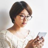 Χαριτωμένη όμορφη έννοια δικτύων συσκευών σύνδεσης ψηφιακή Στοκ Εικόνες