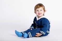 Χαριτωμένος λίγο μωρό ναυτικών στο λευκό Στοκ Εικόνες