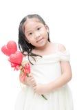 Χαριτωμένος Ασιάτης λουλούδι καρδιών εκμετάλλευσης παράνυμφων που απομονώνεται λίγο Στοκ εικόνες με δικαίωμα ελεύθερης χρήσης