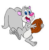 Χαριτωμένος σκίουρος με το ξύλο καρυδιάς Στοκ φωτογραφίες με δικαίωμα ελεύθερης χρήσης