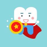 Χαριτωμένος χαρακτήρας δοντιών κινούμενων σχεδίων ως superhero, οδοντική διανυσματική απεικόνιση για τα παιδιά Στοκ εικόνα με δικαίωμα ελεύθερης χρήσης