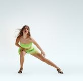 Χαριτωμένος χορός κοριτσιών Στοκ εικόνες με δικαίωμα ελεύθερης χρήσης