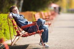 χαριτωμένος schoolboy πάρκων Στοκ φωτογραφία με δικαίωμα ελεύθερης χρήσης