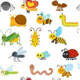 Χαριτωμένο άνευ ραφής σχέδιο κινούμενων σχεδίων με τα έντομα Στοκ εικόνα με δικαίωμα ελεύθερης χρήσης