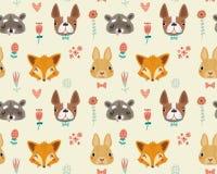 Χαριτωμένο άνευ ραφής σχέδιο με τα ζώα και τα λουλούδια Στοκ φωτογραφία με δικαίωμα ελεύθερης χρήσης