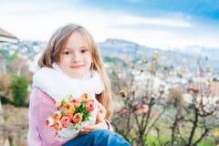 χαριτωμένο κορίτσι λίγο υ Στοκ φωτογραφίες με δικαίωμα ελεύθερης χρήσης