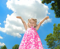 χαριτωμένο κορίτσι ευτυχές λίγα Στοκ εικόνες με δικαίωμα ελεύθερης χρήσης