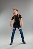 χαριτωμένο κορίτσι πλεξο& Στοκ εικόνα με δικαίωμα ελεύθερης χρήσης