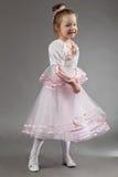 χαριτωμένο κορίτσι χορού &lamb Στοκ φωτογραφία με δικαίωμα ελεύθερης χρήσης