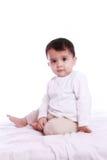 Χαριτωμένο να κοιτάξει επίμονα μωρών Στοκ εικόνες με δικαίωμα ελεύθερης χρήσης