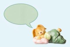 Χαριτωμένο να ονειρευτεί παιχνίδι κουνελιών μωρών Στοκ Εικόνες