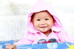 Χαριτωμένο πορτρέτο κοριτσάκι μωρών στοκ εικόνα