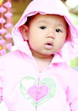 Χαριτωμένο πορτρέτο κοριτσάκι μωρών στοκ φωτογραφία με δικαίωμα ελεύθερης χρήσης