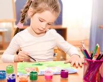 Χαριτωμένο σχέδιο μικρών κοριτσιών με το χρώμα Στοκ Φωτογραφία