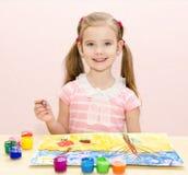 Χαριτωμένο σχέδιο μικρών κοριτσιών χαμόγελου με το χρώμα Στοκ Εικόνα